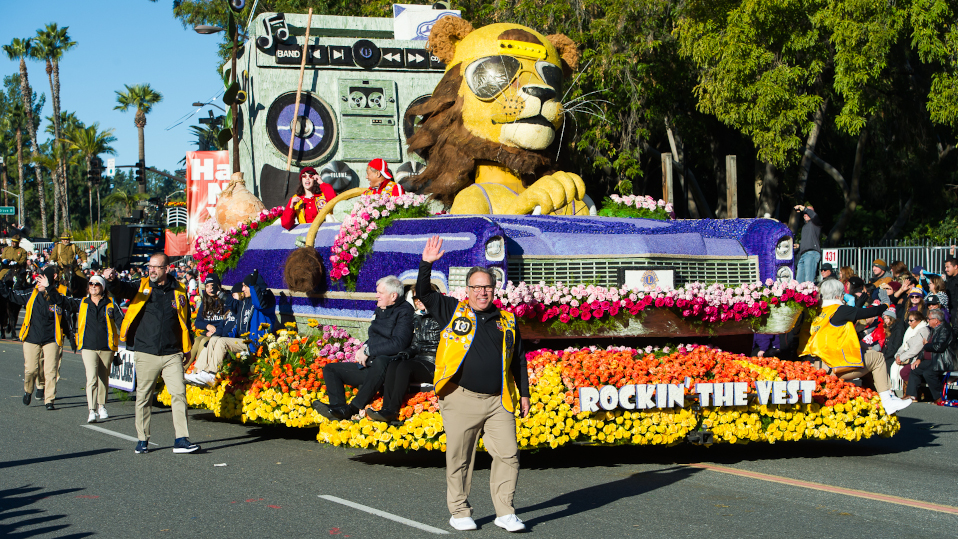 Rose Parade Lyons Float